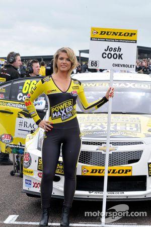 Power Maxed Racing Chica de la parrilla