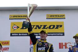 Racewinnaar Adam Morgan