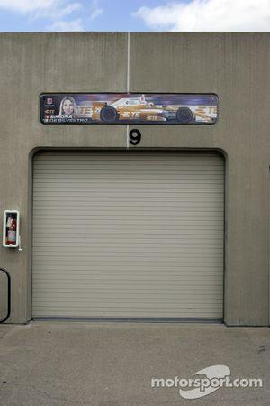 سيارة سيمونا دي سيلفيسترو، أندريتي أوتوسبورت هوندا يتم إعادتها إلى المتجر