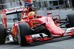Esteban Gutierrez, Ferrari SF15-T, piloto de pruebas y reserva