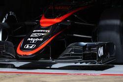 McLaren MP4-30 punta de la nariz