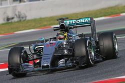 Pascal Wehrlein, Mercedes AMG F1 W06 Yedek Pilotu, sensörlerle birlikte pistte