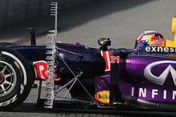 Pierre Gasly, Red Bull Racing RB11 testrijder met sensoren