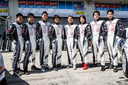 Gazoo Racing, Fotoshooting: #53 Gazoo Racing, Lexus LFA Code X: Masahiko Kageyama, Hiroaki Ishiura, Kazuya Oshima, Takuto Iguchi; und #187 Gazoo Racing, Lexus RC: Takayuki Kinoshita, Kumi Sato, Maoya Gamo, Takamitsu Matsui