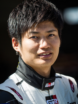 Gazoo Racing fotoshoot: Kazuya Oshima