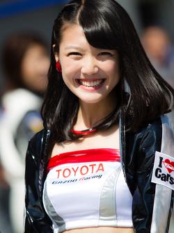 Een charmante Gazoo Racing girl
