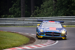 #33 Team Premio Mercedes-Benz SLS AMG GT3: Rob Huff, Kenneth Heyer, Philipp Frommenwiler, Christian Krognes