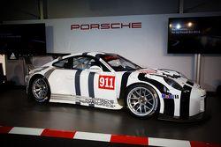 Porsche 911 GT3 R tanıtımı: Yeni Porsche 911 GT3 R