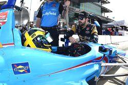 Conor Daly, Schmidt Peterson Motorsports Honda and James Hinchcliffe, Schmidt Peterson Motorsports H