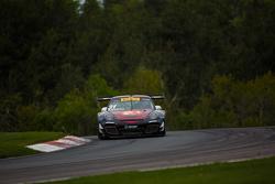 #31 EFдляT Racing Porsche 911 GT3 R: Райан Далзіл