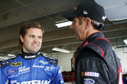 Ricky Stenhouse jr., Roush Fenway Racing, Ford, und Greg Biffle, Roush Fenway Racing, Ford