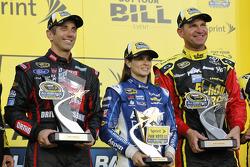Segment one winner Грег Біффл, Roush Fenway Racing Ford, fan vote winner Даніка Патрік, Stewart-Haas