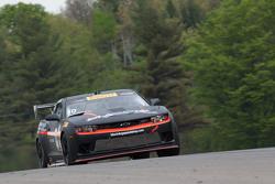 #10 Blackdog Speed Shop, Chevrolet Z28: Michael Cooper