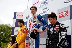 Podium: second place Antonio Giovinazzi, Jagonya Ayam with Carlin and winner Jake Dennis, Prema Powerteam and third place Charles Leclerc, Van Amersfoort Racing