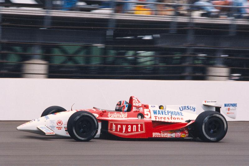 239,260 мили в час (385,052 км/ч) – рекорд средней скорости круга на овале в Индианаполисе, установленный Ари Люндайком в тренировке в 1992 году
