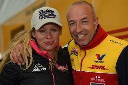 汤姆·克罗内尔和妻子