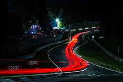 Pflanzgarten'da ışıklar