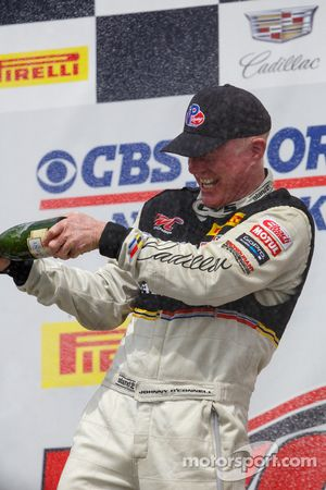 Podium: Race winner #3 Cadillac Racing Cadillac ATS-VR GT3: Johnny O'Connell