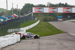 #99 JCR Motorsports Audi R8 LMS Ultra: Jeff Courtney crashes