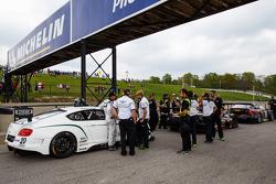 Bentley Team Dyson Racing