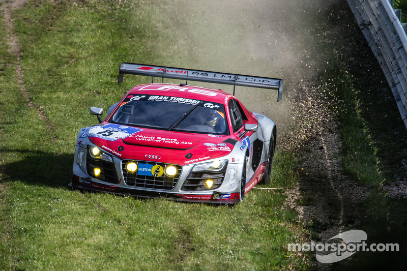 #15 Audi Race Experience Audi R8 LMS ultra: Alex Yoong, Frankie Cheng, Marchy Lee, Shaun Thong goes