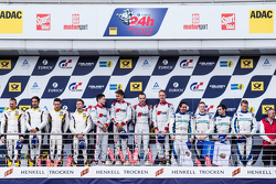 Podium: racewinnaars #28 Audi Sport Team WRT Audi R8 LMS: Christopher Mies, Edward Sandström, Nico M