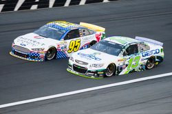 Michael McDowell, Leavine Family Racing Ford and Casey Mears, Germain Racing Chevrolet