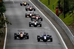 George Russell, Carlin, Dallara Volkswagen e Markus Pommer, Motopark, Dallara Volkswagen
