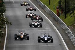 George Russell, Carlin, Dallara Volkswagen et Markus Pommer, Motopark, Dallara Volkswagen