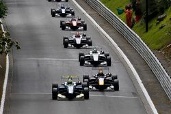 Alessio Lorandi, Van Amersfoort Racing, Dallara Volkswagen and Callum Ilott, Carlin, Dallara Volkswagen