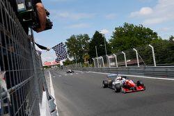 Jake Dennis, Prema Powerteam, Dallara Mercedes-Benz