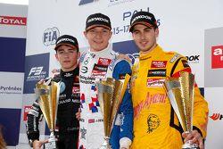 Race 2 Podium: second place Charles Leclerc, Van Amersfoort Racing and winner Jake Dennis, Prema Powerteam and third place Antonio Giovinazzi, Jagonya Ayam with Carlin