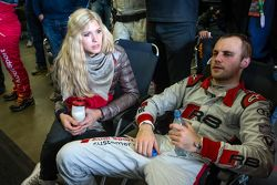 Laurens Vanthoor with his girlfriend Jacqueline, after his last stint