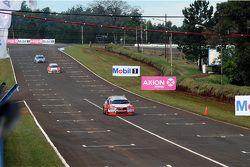 Matías Rossi, Toyota Team Argentina, Facundo Chapur, Equipo Fiat Petronas, y Franco Vivian, Equipo Y