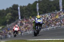 Валентино Росси, Yamaha Factory Racing и Андреа Довициозо, Ducati Team