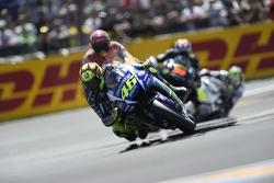 Валентино Росси, Yamaha Factory Racing, Марк Маркес, Repsol Honda Team, Брэдли Смит, Tech 3 Yamaha и Кэл Кратчлоу, Team LCR Honda