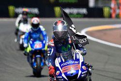 Kazanan Jorge Lorenzo, Yamaha Fabrika Takımı