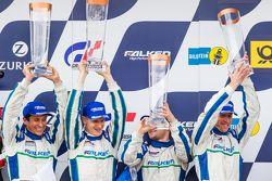 Podium: 3. #44 Team Falken Tire, Porsche 997 GT3 R: Peter Dumbreck, Wolf Henzler, Martin Ragginger,