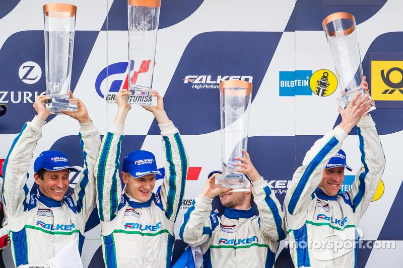 Podium: third place #44 Team Falken Tire Porsche 997 GT3 R: Peter Dumbreck, Wolf Henzler, Martin Ragginger, Alexandre Imperatori