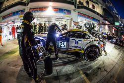 Pitstop voor #25 Marc VDS Racing BMW Z4 GT3: Maxime Martin, Lucas Luhr, Markus Palttala, Richard Wes