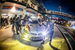 Pit stop para #25 Marc VDS Racing BMW Z4 GT3: Maxime Martin, Lucas Luhr, Markus Palttala, Richard Westbrook