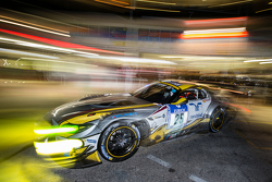 Pitstop voor #25 Marc VDS Racing BMW Z4 GT3: Maxime Martin, Lucas Luhr, Markus Palttala, Richard Westbrook