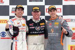 Class winners: GTA winner Bryan Heitkotter, GT winner Johnny O'Connell, GT Cup winner Colin Thompson