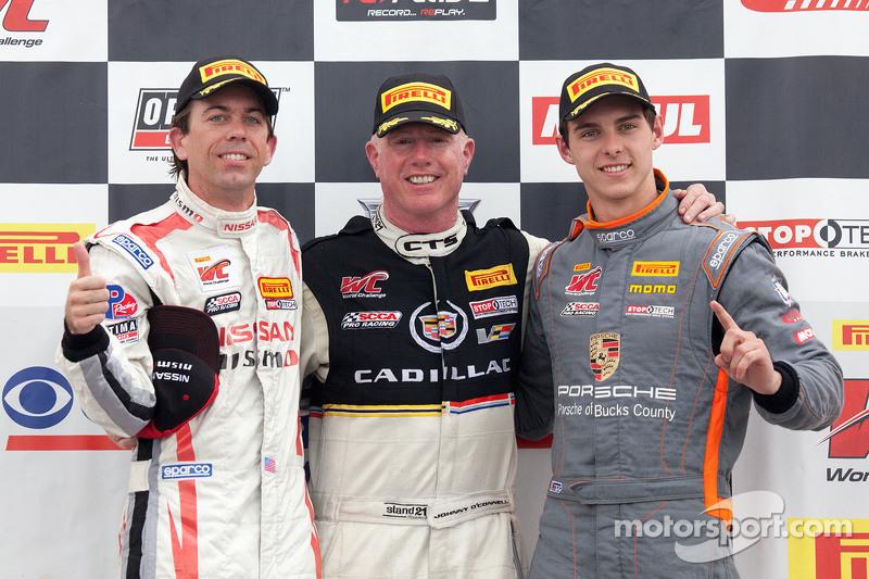 переможці в класі: GTA winner Bryan Heitkotter, GT winner Джонні О'Коннелл, GT Cup winner Colin Thom