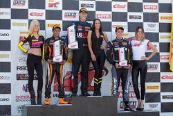 TC podio: vincitore Corey Fergus, secondo posto Ernie Francis Jr., terzo posto Adam Poland