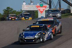 #50 BERG Racing Mazda MX5: Dinah Weisberg