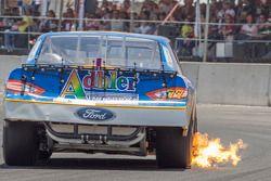 Enrique Contreras, Race Planet sacando fuego del éscape