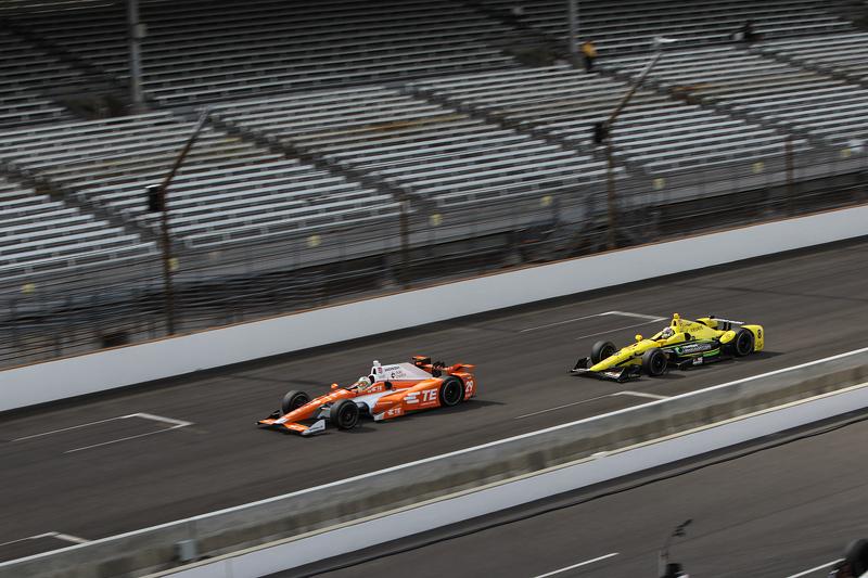 Simona de Silvestro, Andretti Autosport Honda y Sage Karam, Chip Ganassi Racing Chevrolet