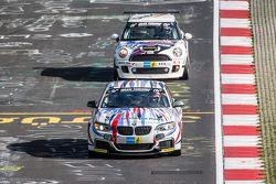 #235 Walkenhorst Motorsport, BMW M235i Racing: Bernd Ostmann, Peter Wyss, Victor Bouveng, Harald Grohs und #133 DSK e.V., Mini JCW: Ralf Zensen, Lother Wilms, Tony Stark, Steve Rogers