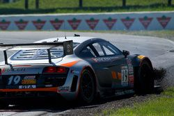 #19 Stephen Cameron Racing Audi R8 LMS Ultra: Drew Regitz spins